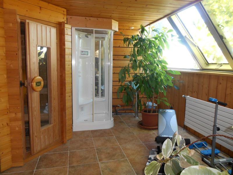 Sale house / villa Lons-le-saunier 440000€ - Picture 14
