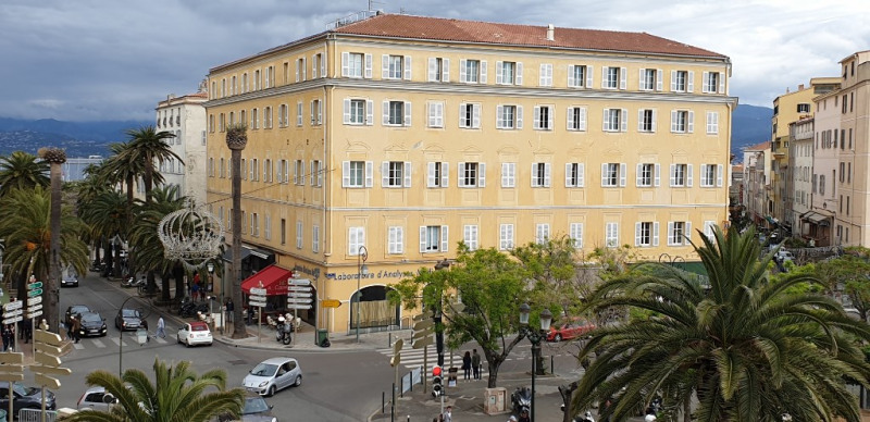 Deluxe sale apartment Ajaccio 689 000€ - Picture 3