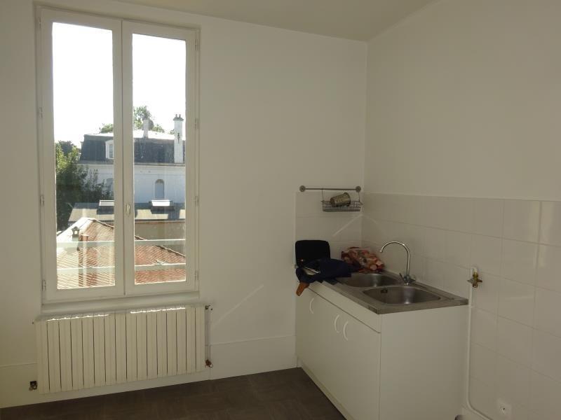 Rental apartment Le raincy 740€ CC - Picture 5