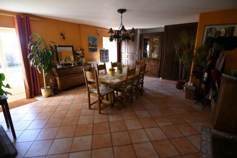 Sale house / villa Neuilly en thelle 375000€ - Picture 2