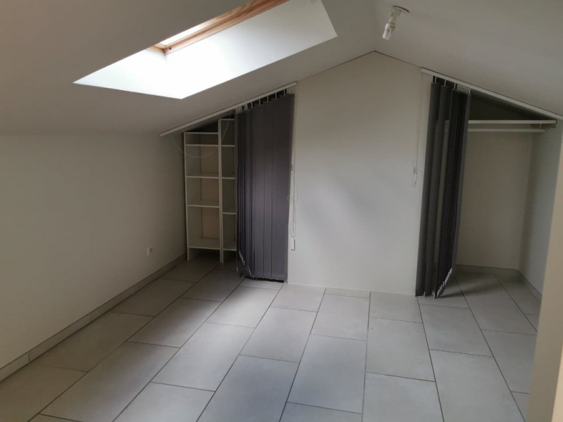 Location appartement Calas 950€ CC - Photo 4