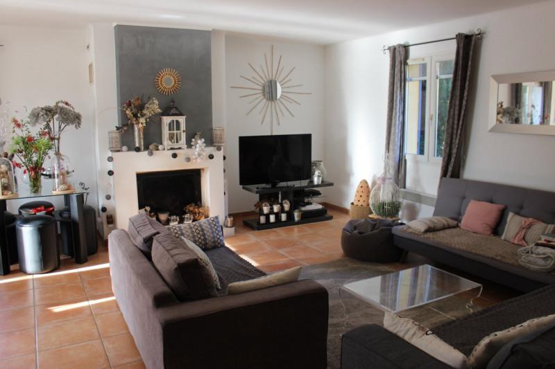 Revenda casa Lambesc 549000€ - Fotografia 17
