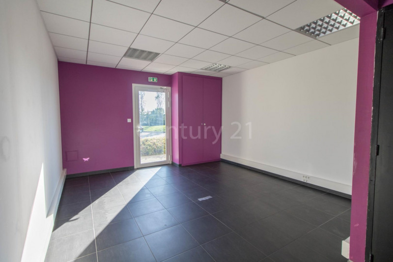 Vente local commercial Frouzins 136 000€ - Photo 2