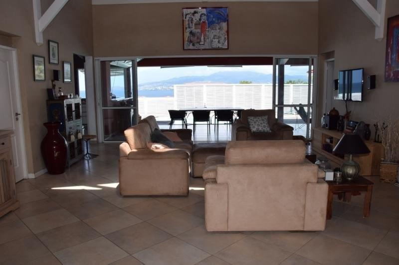 Deluxe sale house / villa Les trois ilets 652000€ - Picture 7
