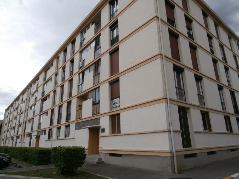Rental apartment Salon de provence 615€ CC - Picture 2