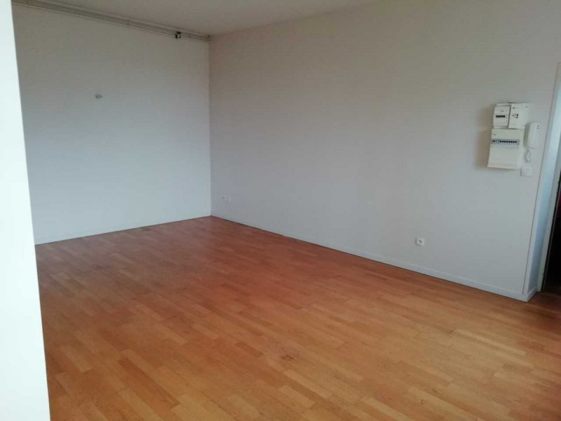 Sale apartment Aire sur la lys 77 000€ - Picture 3