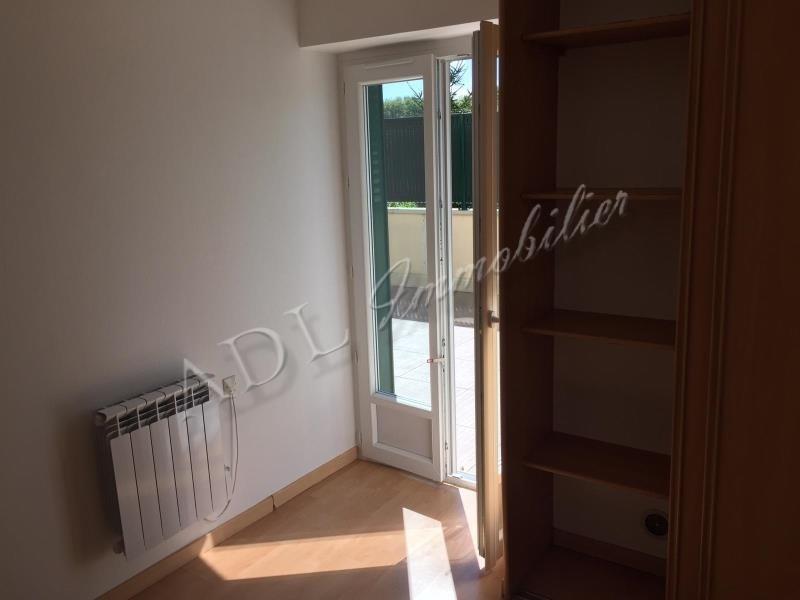 Location appartement Coye la foret 645€ CC - Photo 6