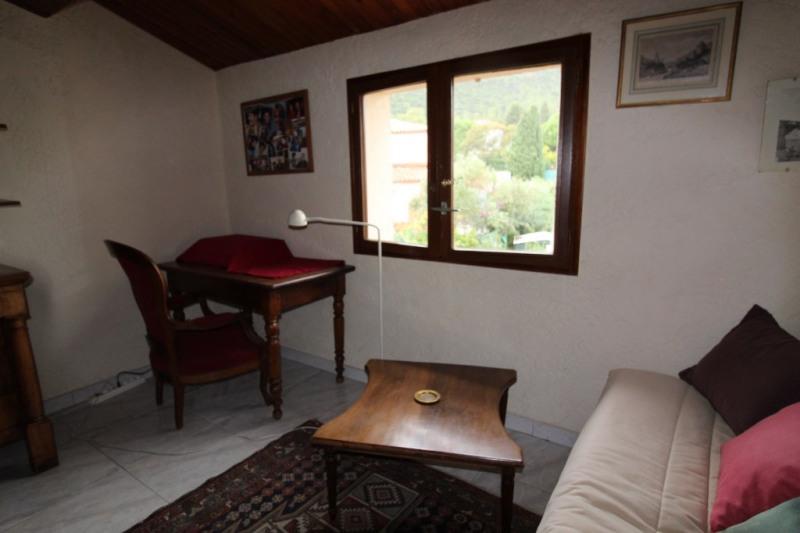 Venta de prestigio  casa Hyeres 574700€ - Fotografía 14