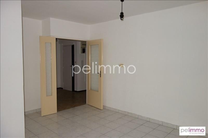 Rental apartment Salon de provence 613€ CC - Picture 2