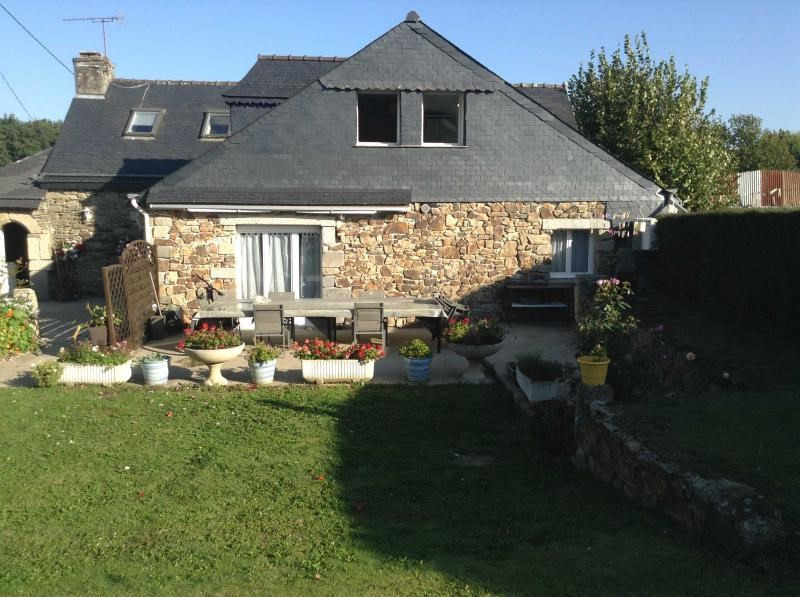 Sale house / villa Mael carhaix 159600€ - Picture 3