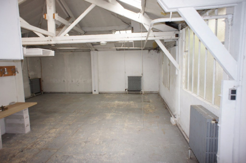 Location local commercial Clamart 1248€ HC - Photo 7