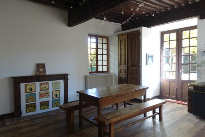 Deluxe sale house / villa La buissiere 585000€ - Picture 10