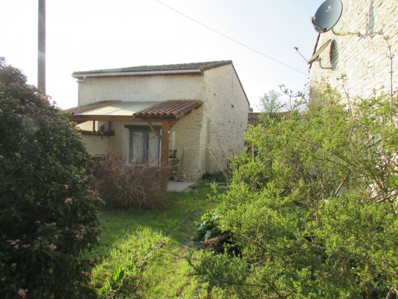Sale house / villa Aigre 66 000€ - Picture 19