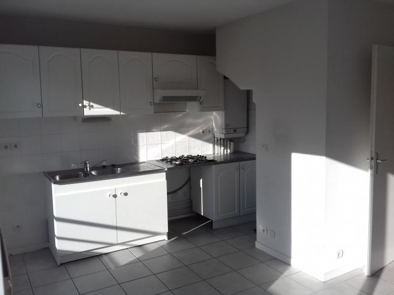 Sale apartment Pau 103 000€ - Picture 1