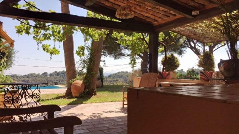 Vente de prestige maison / villa Saint laurent du var 630 000€ - Photo 4