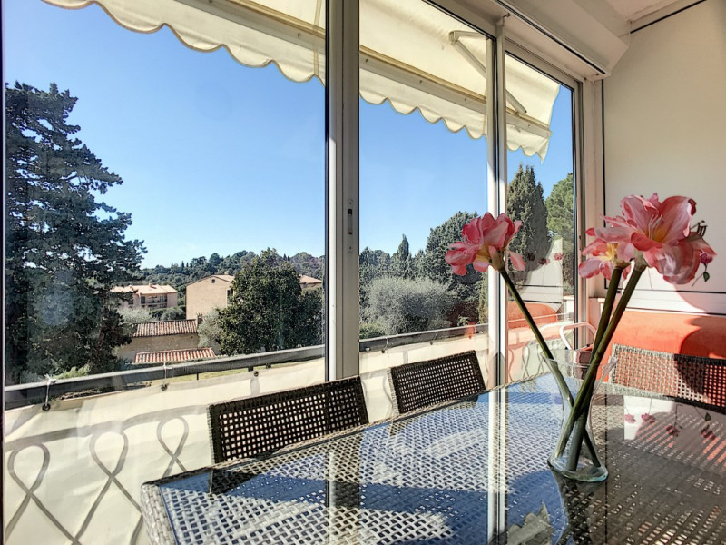Sale apartment Vence 149 000€ - Picture 1