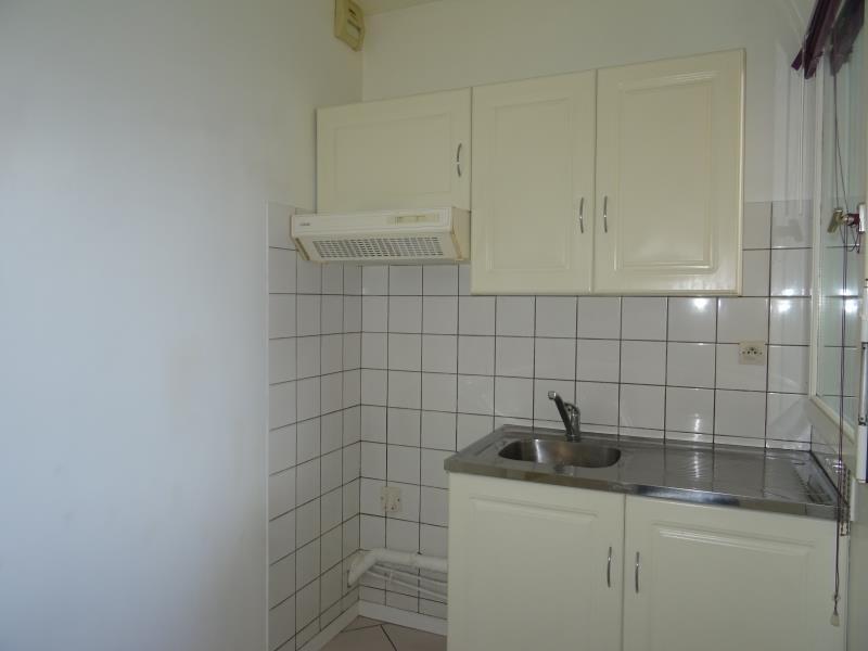 Rental apartment Conflans ste honorine 760€ CC - Picture 3