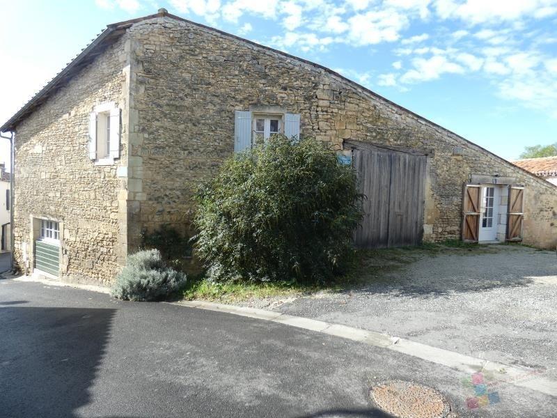 Sale house / villa St sauvant 256800€ - Picture 5