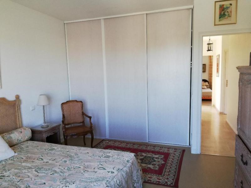 Location appartement Saintes 870€ CC - Photo 8