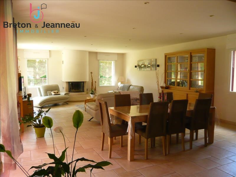 Sale house / villa Quelaines st gault 374400€ - Picture 4