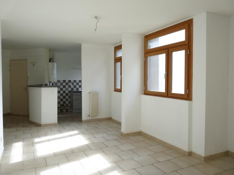 Sale apartment Aix en provence 228 000€ - Picture 2