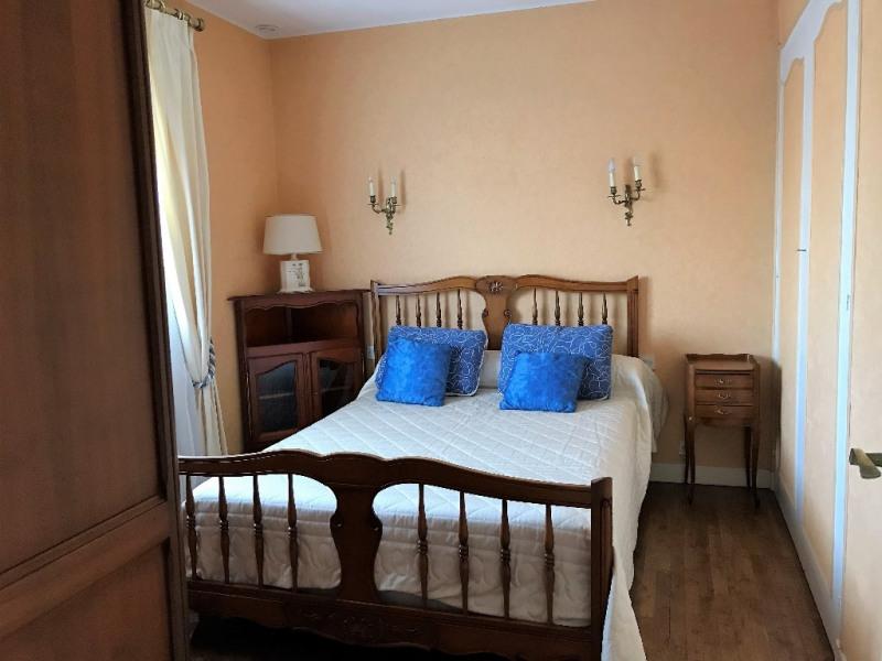 Sale house / villa Laval 140400€ - Picture 5