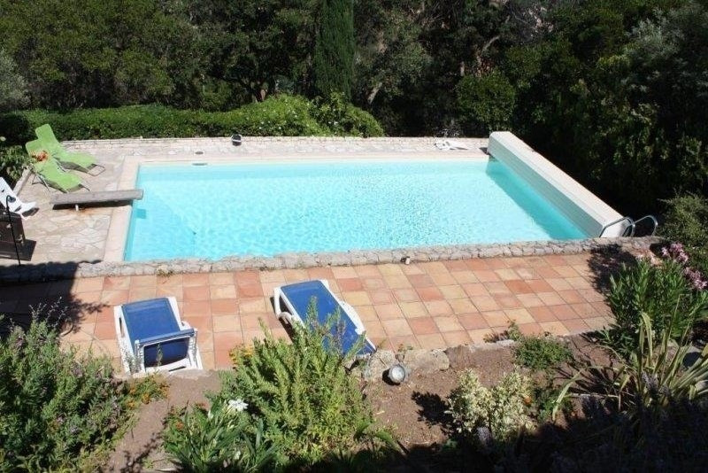 Deluxe sale house / villa Les issambres 650000€ - Picture 1