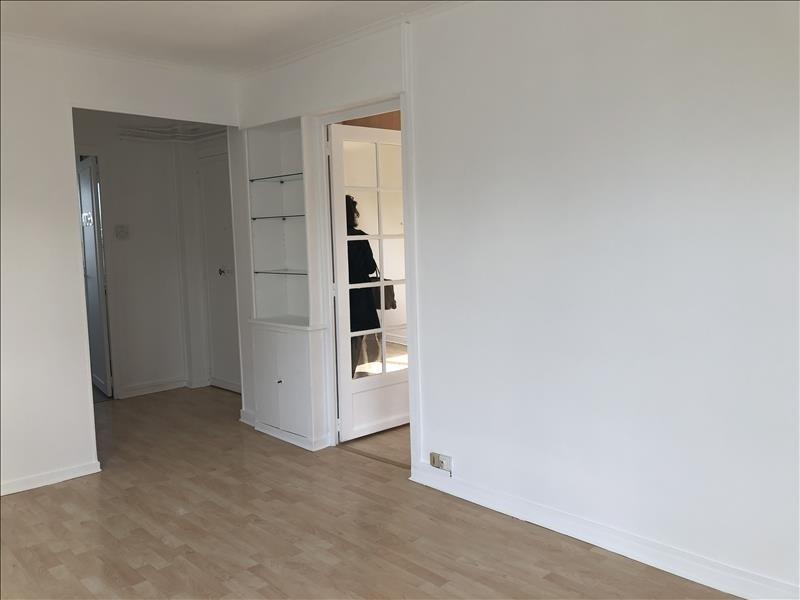 Rental apartment Versailles 893€ CC - Picture 3