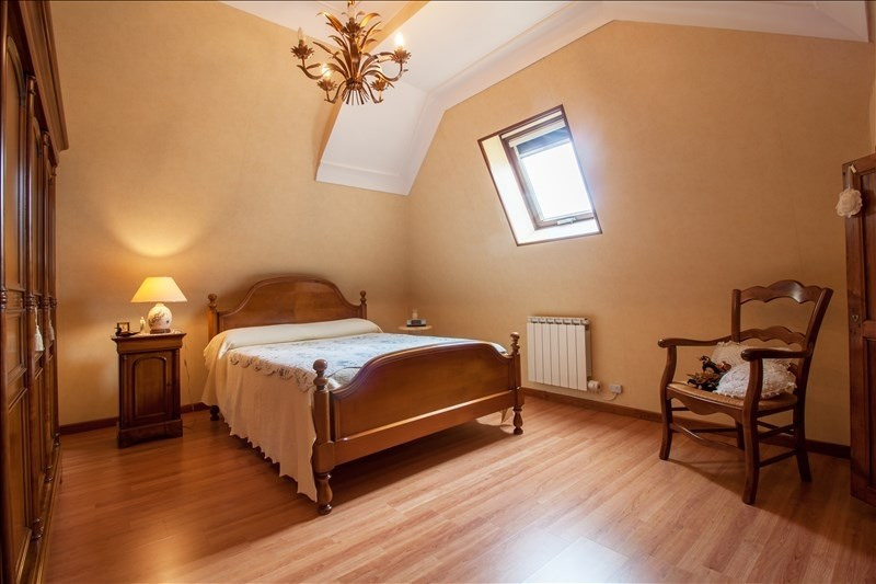 Sale house / villa Lescar 280 000€ - Picture 9