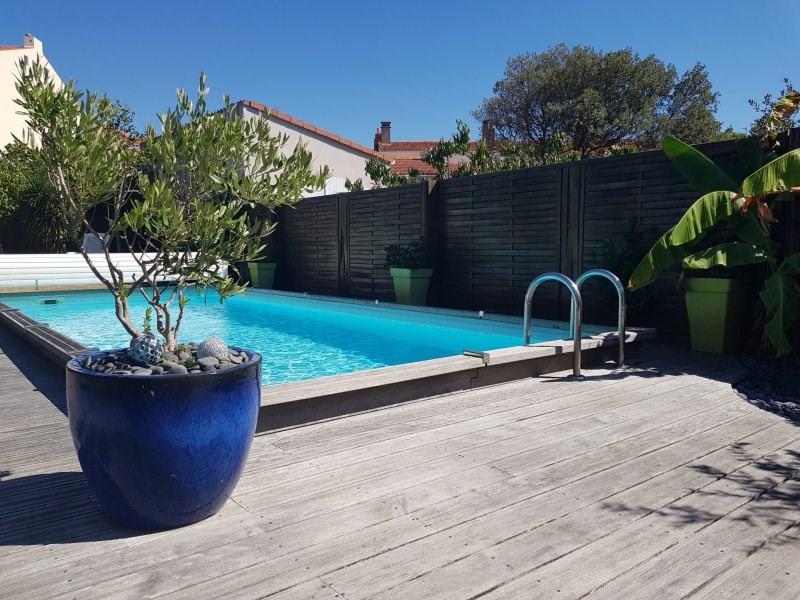 Deluxe sale house / villa Les sables d'olonne 712000€ - Picture 2