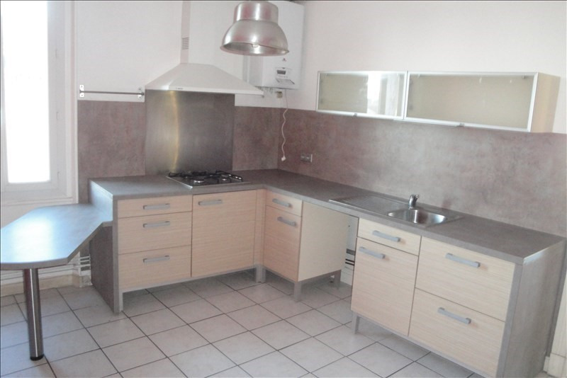 Rental apartment Agen 660€ CC - Picture 2