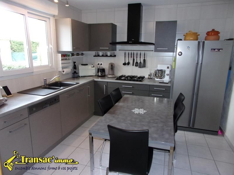 Sale house / villa Thiers 239 000€ - Picture 4