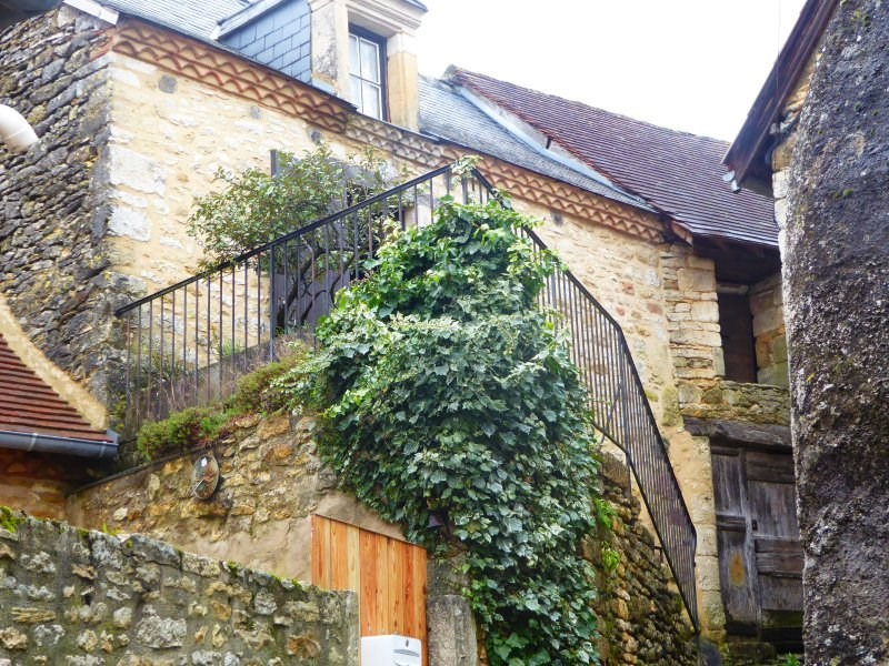 Sale house / villa Les farges 64855€ - Picture 2