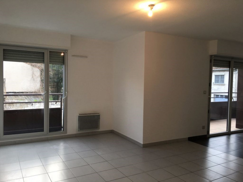 Rental apartment Avignon 740€ CC - Picture 2