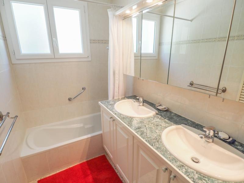 Venta  casa Bagnols sur ceze 288000€ - Fotografía 8