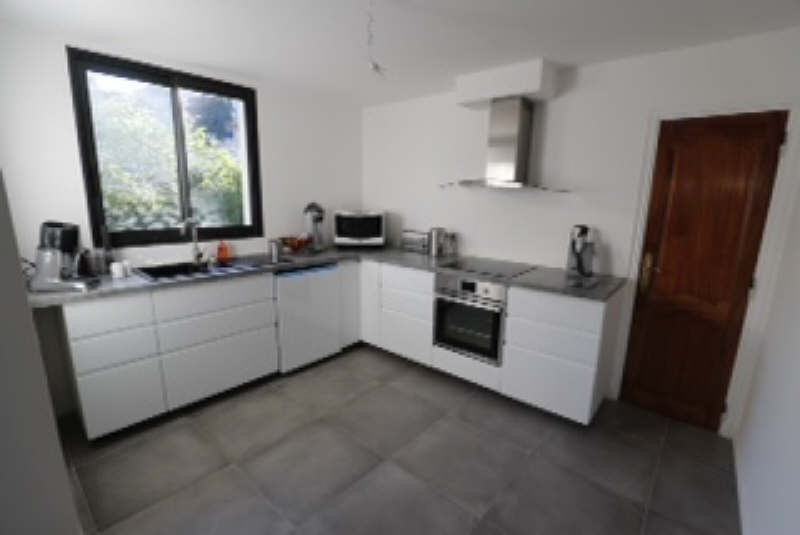 Vente maison / villa Hyeres 470000€ - Photo 2