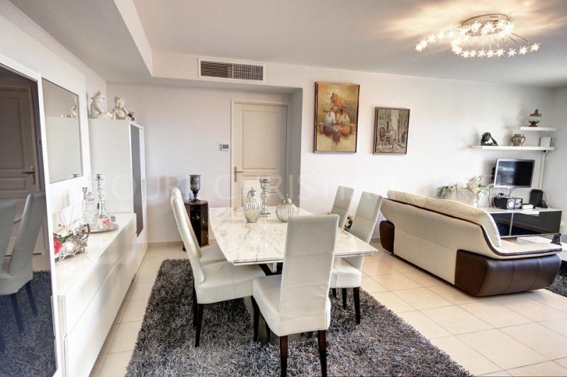 Vente de prestige appartement Mandelieu 585000€ - Photo 8