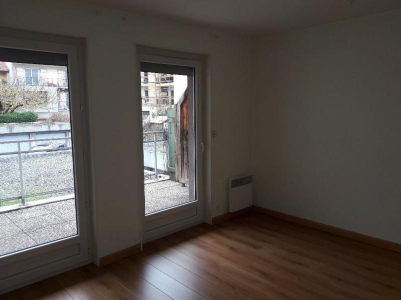 Location appartement Sallanches 800€ CC - Photo 3