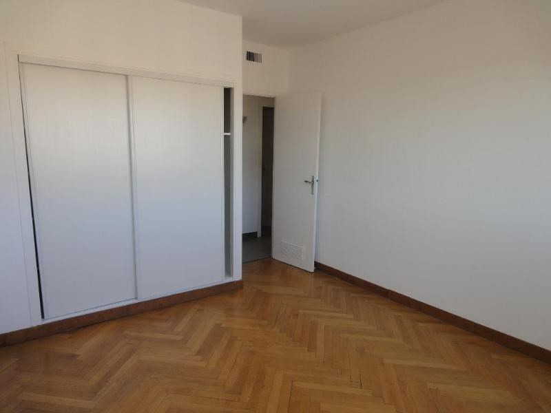 Location appartement Aix en provence 1 205€ CC - Photo 4