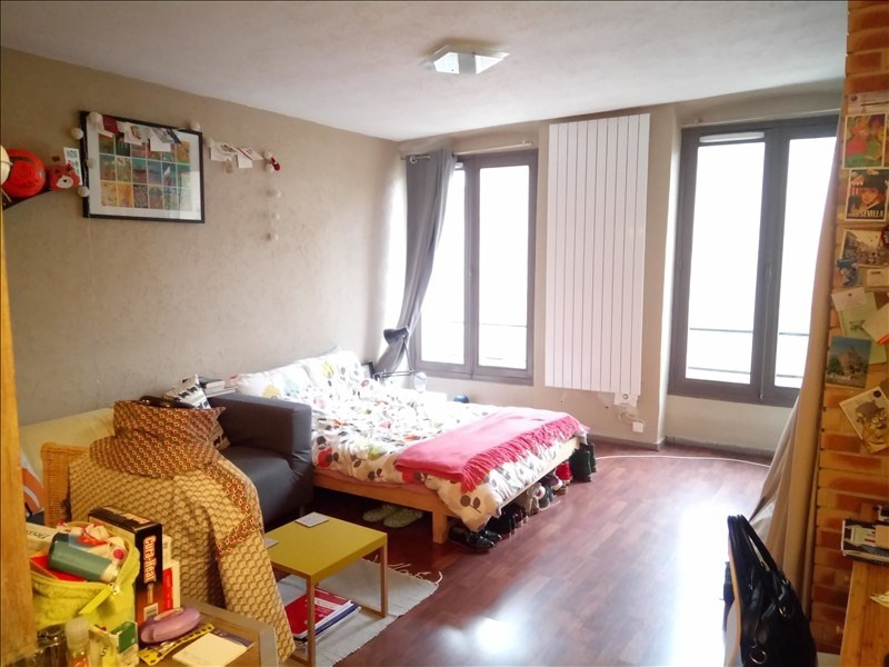 Rental apartment St germain en laye 738€ CC - Picture 1