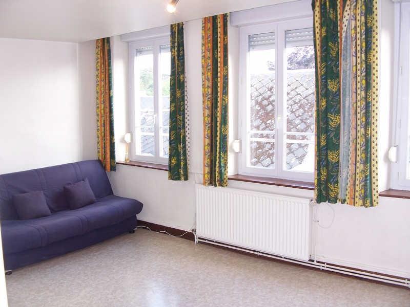 Rental apartment Avesnes sur helpe 400€ CC - Picture 1