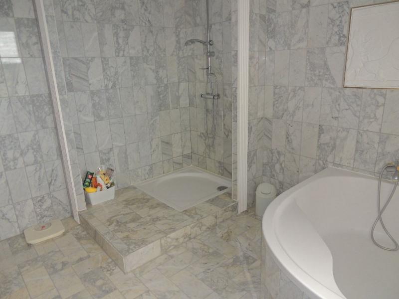 Vente maison / villa Le chay 519000€ - Photo 11