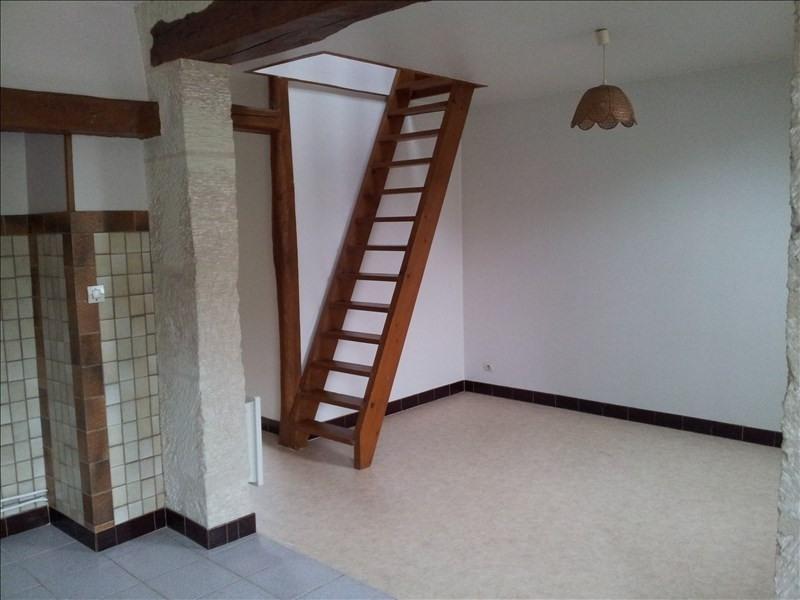 Location appartement Montoire sur le loir 327€ CC - Photo 2