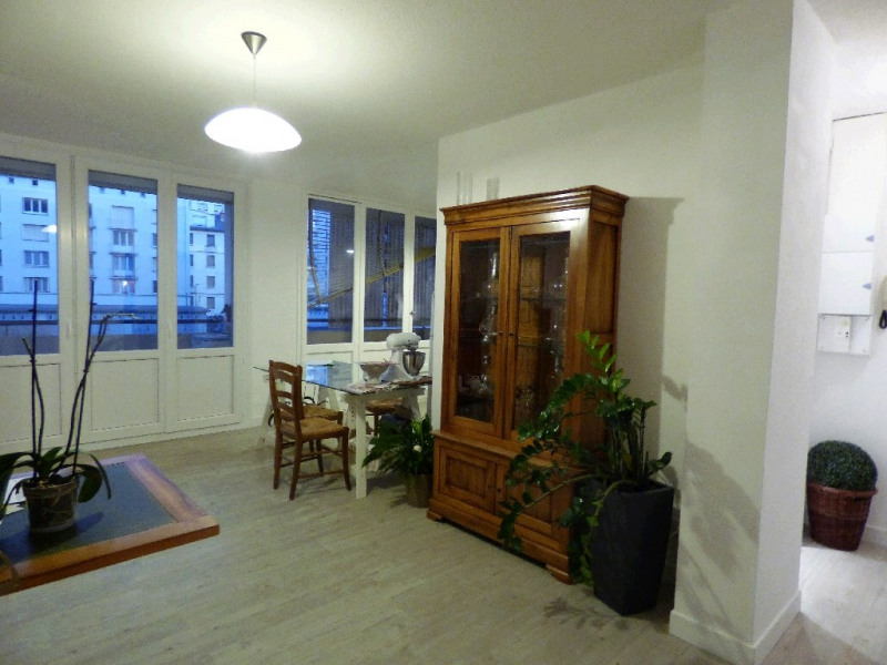 Rental apartment Chambery 686€ CC - Picture 2