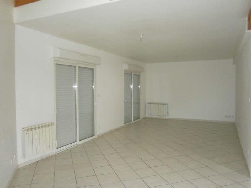 Location maison / villa St andre de cubzac 783€ CC - Photo 3