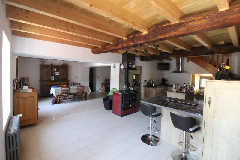 Vente maison / villa La tour du pin 278000€ - Photo 4