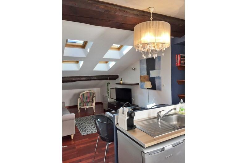 Rental apartment Lyon 2ème 1140€ CC - Picture 2