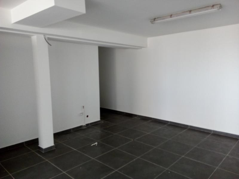 Vente local commercial Terre sainte 112 000€ - Photo 3