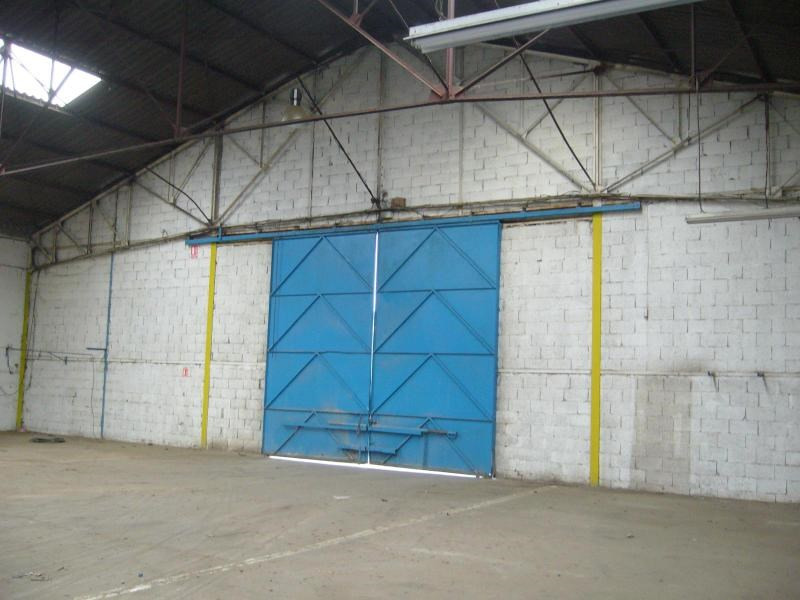 Location local commercial Brignais 2 542€ CC - Photo 2