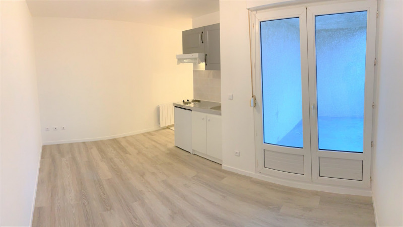 Location appartement Méry-sur-oise 650€ CC - Photo 3